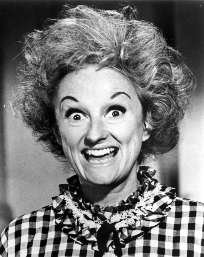 phyllis-diller-before-the-nose-job